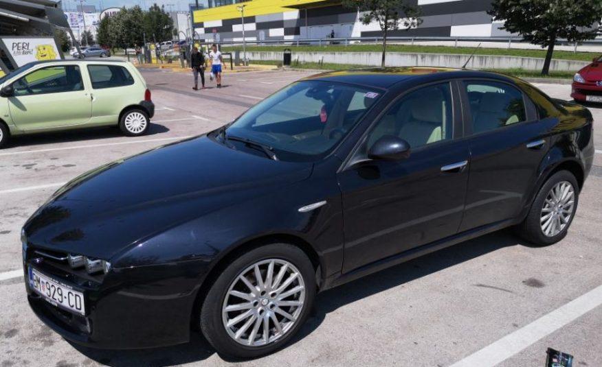 Alfa Romeo 159 1,9 JTDM, REG 1 god