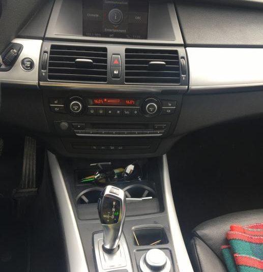 BMW X5 3.0d 2010  ***HITNO***