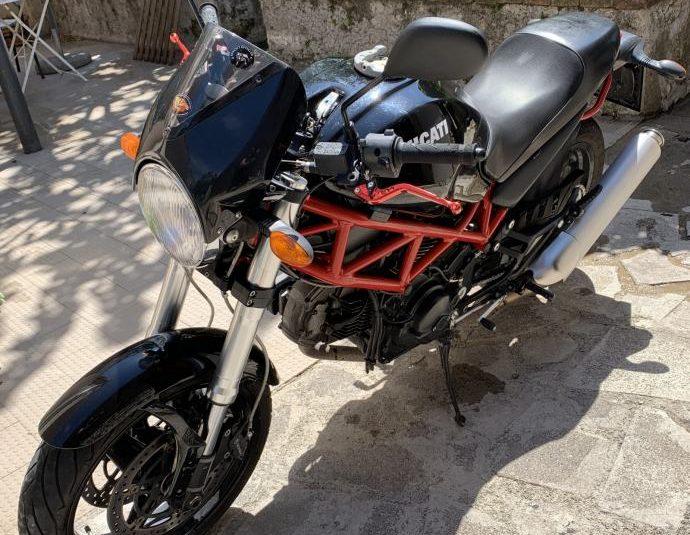 Ducati Monster 695 hitna prodaja radi kupovine jaceg