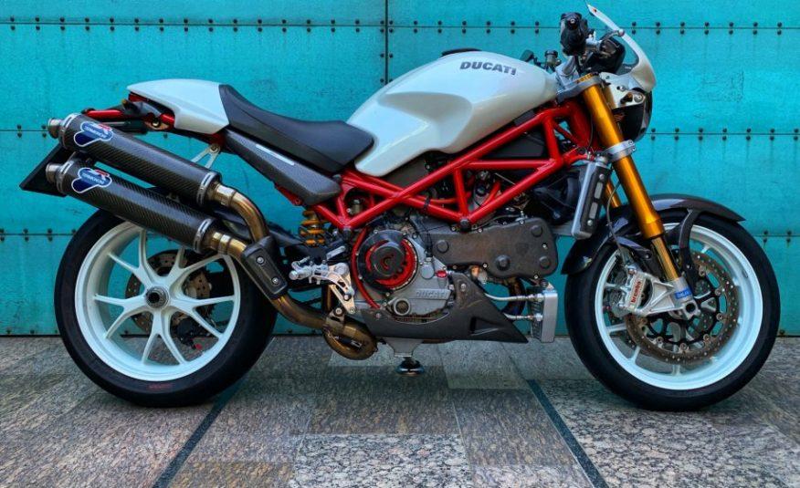 Ducati S4RS 998 cm3