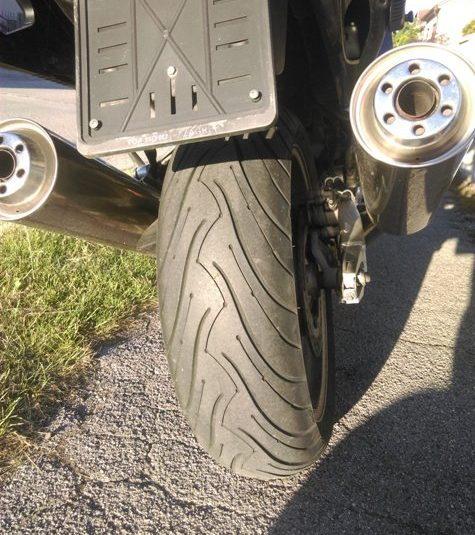 Honda CBR 1100 XX 1137 cm3  BLACK BIRD