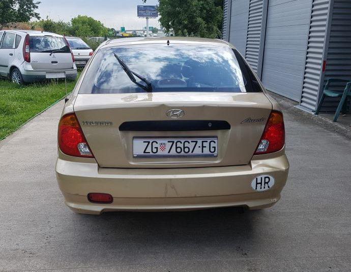 Hyundai Accent 1,3 GLi s PLINOM ATESTIRAN !KARTICE / RATE