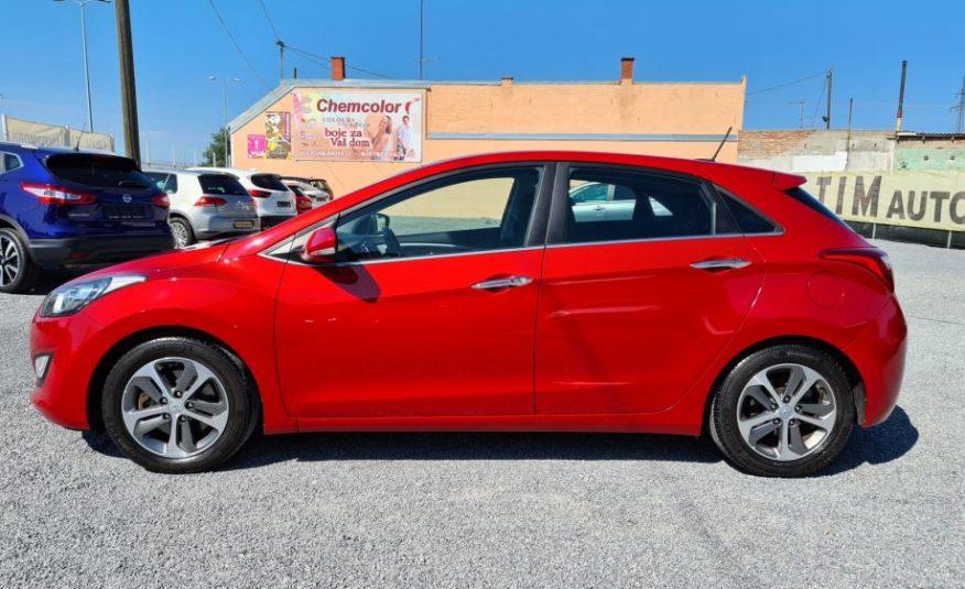 Hyundai i30 1,6 CRDi 119TKM,SERVISNA.,PRVI VLASNIK,NAVI.,KAM.,ALU.,YES