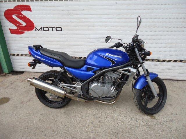 Kawasaki ER 5 499 cm3