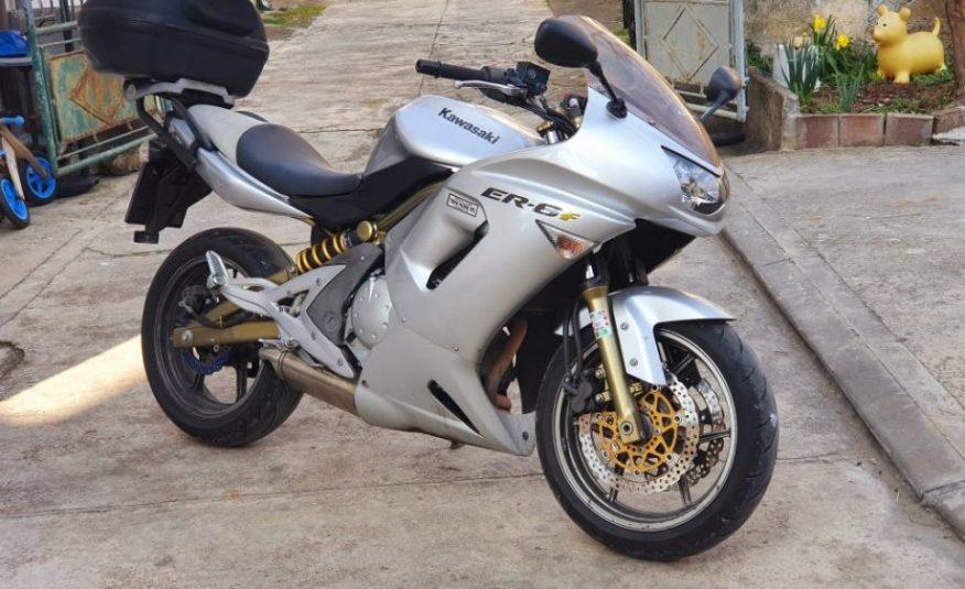 Kawasaki ER-6F 650 cm3