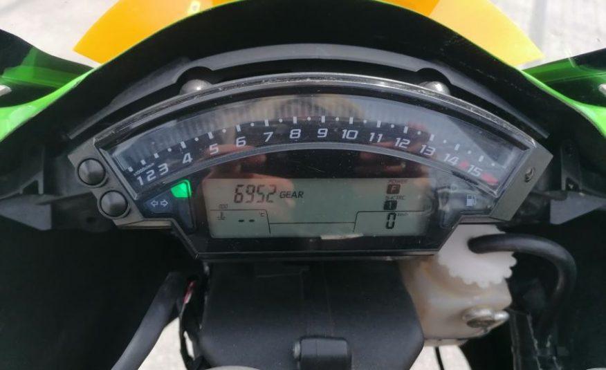 Kawasaki NINJA ZX-10R **PISTA**PUNO DODATNE OPREME** 998 cm3