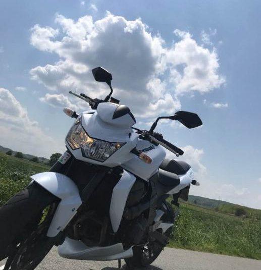 Kawasaki Z750 2012g NOVO