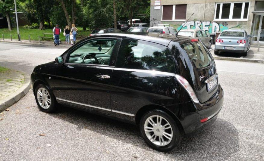 Lancia Ypsilon/Y 1.4 8V