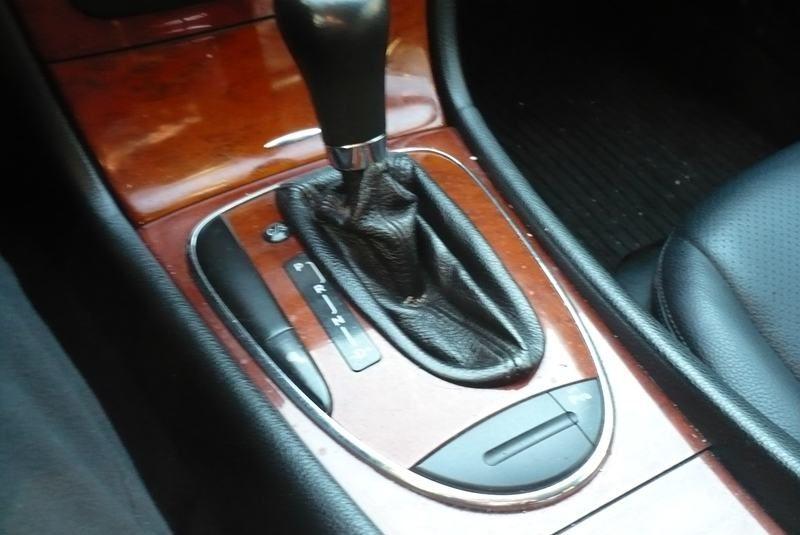 Mercedes-Benz E-klasa  automatik benzin plin
