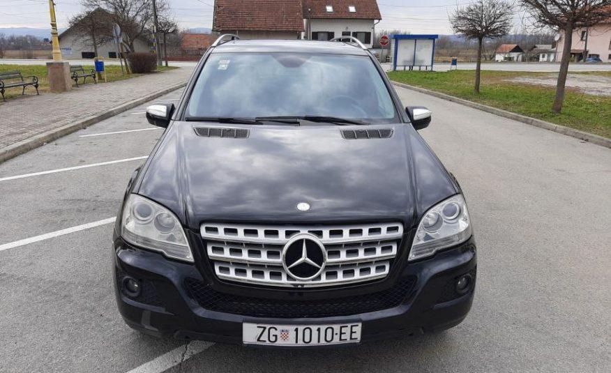 Mercedes-Benz ML 350cdi 4 MATIC SPORT AVANGARD FULL PRV VLA KAO NOV
