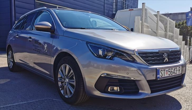 Peugeot 308 SW ALLURE 130 KS – kamera, navigacija, full led