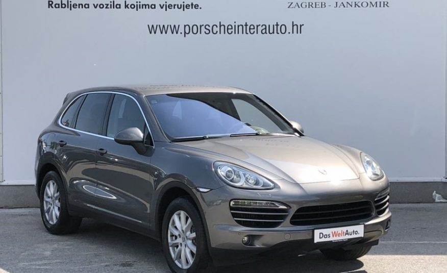 Porsche Cayenne Diesel (KOŽA, TEMPOMAT, ZRAČNI OVJES, GRIJANJE SJ.)