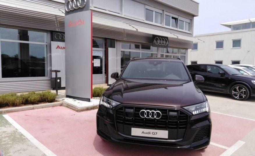 Audi Q7 50 TDI  3.0 TDI QUATTRO, 803.012,05 kn – Akcija
