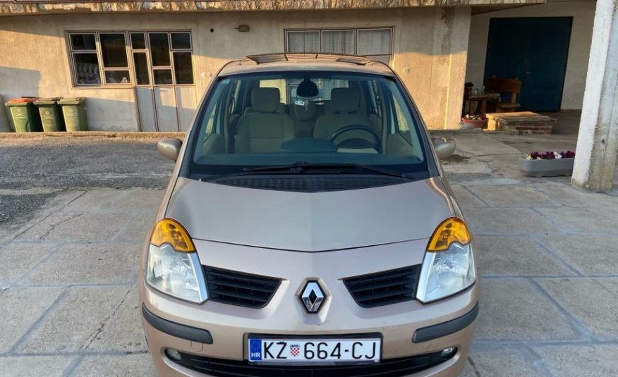 Renault Modus 1.5 dci 84 ks, reg god dana