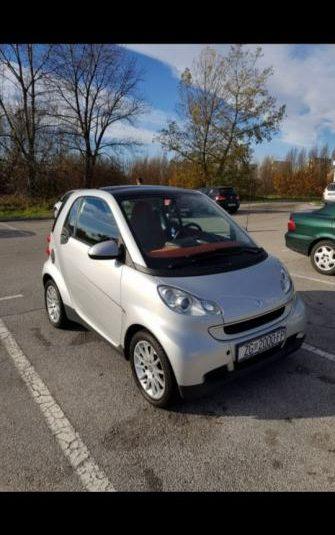 Smart fortwo coupe cdi super stanje registriran 16.5.
