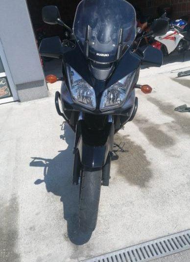 Suzuki DL650 645 cm3