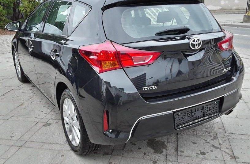 Toyota Auris 2,0 D-4D DIESEL