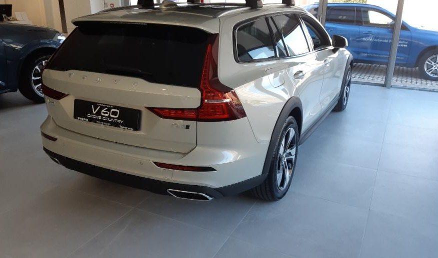 Volvo V60 Cross Country D4 A AWD