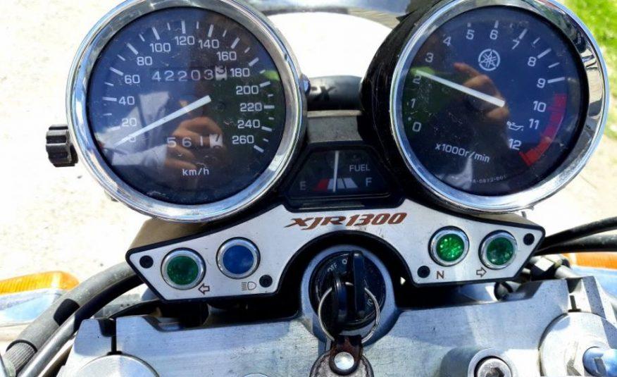 Yamaha XJR1300, 881251 cm3  PRILIKA